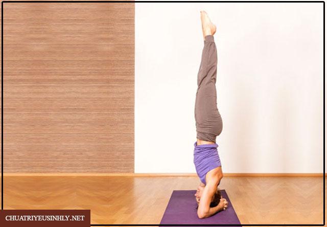 Bài tập yoga chống xuất tinh sớm tư thế trồng cây chuối