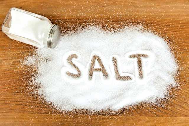 Bị bệnh thận yếu không nên ăn nhiều muối