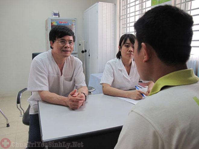 khám bệnh ở khoa nam khoa bệnh viện Bình Dân
