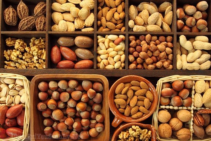 Thường xuyên ăn các loại hạt khác nhau giúp tăng cường sinh lý nữ