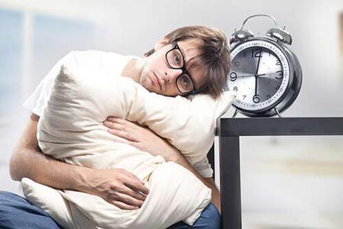 Nam giới bị suy nhược cơ thể khi mắc bệnh thận yếu