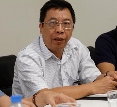 Bác sĩ Lê Hữu Tuấn bổ sung một số phương pháp chữa bệnh độc đáo bằng các bài thuốc Đông y tại Việt Nam