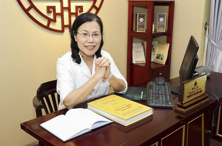 Ts.Bs Nguyễn Thị Vân Anh - Vị bác sĩ nam học có hơn 30 năm kinh nghiệm đã giúp hàng ngàn nam giới hết xuất tinh sớm