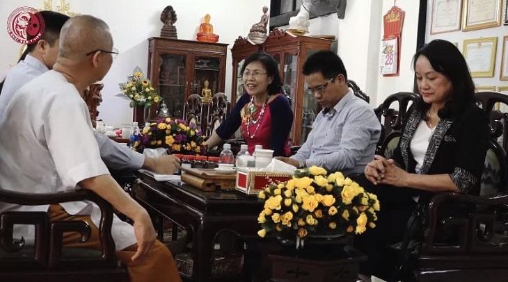 Đội ngũ chuyên gia, bác sĩ của Nhất Nam Y Viện đã quay về Huế để nghiên cứu các bài thuốc chữa yếu sinh lý cổ phương
